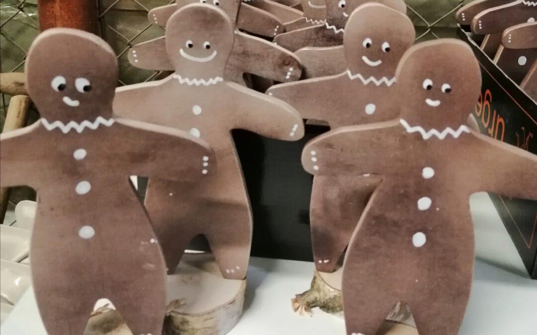 Weihnachtsprodukte aus unserer Holzwerkstatt
