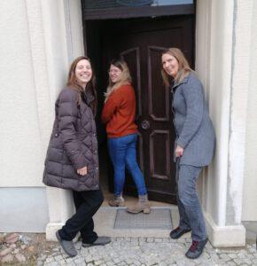 drei Mitarbeiterinnen des Projekts